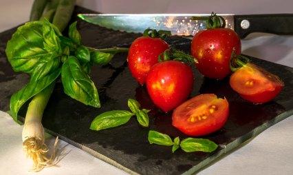 basil_tomato
